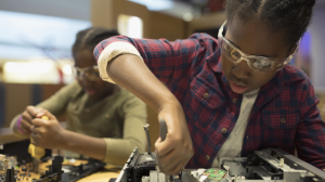 Google Fiber Features KC STEM Alliance's Report on Gender Gap